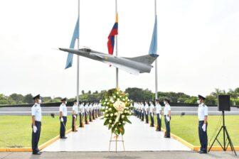 En el Valle Fuerza Aérea rinde honor al Día Nacional de la Memoria y Solidaridad con las víctimas 4