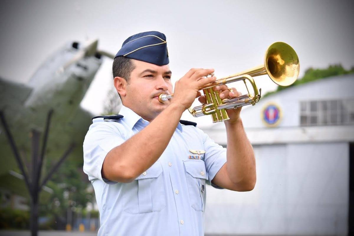 Historia de una trompeta con alas de libertad 1