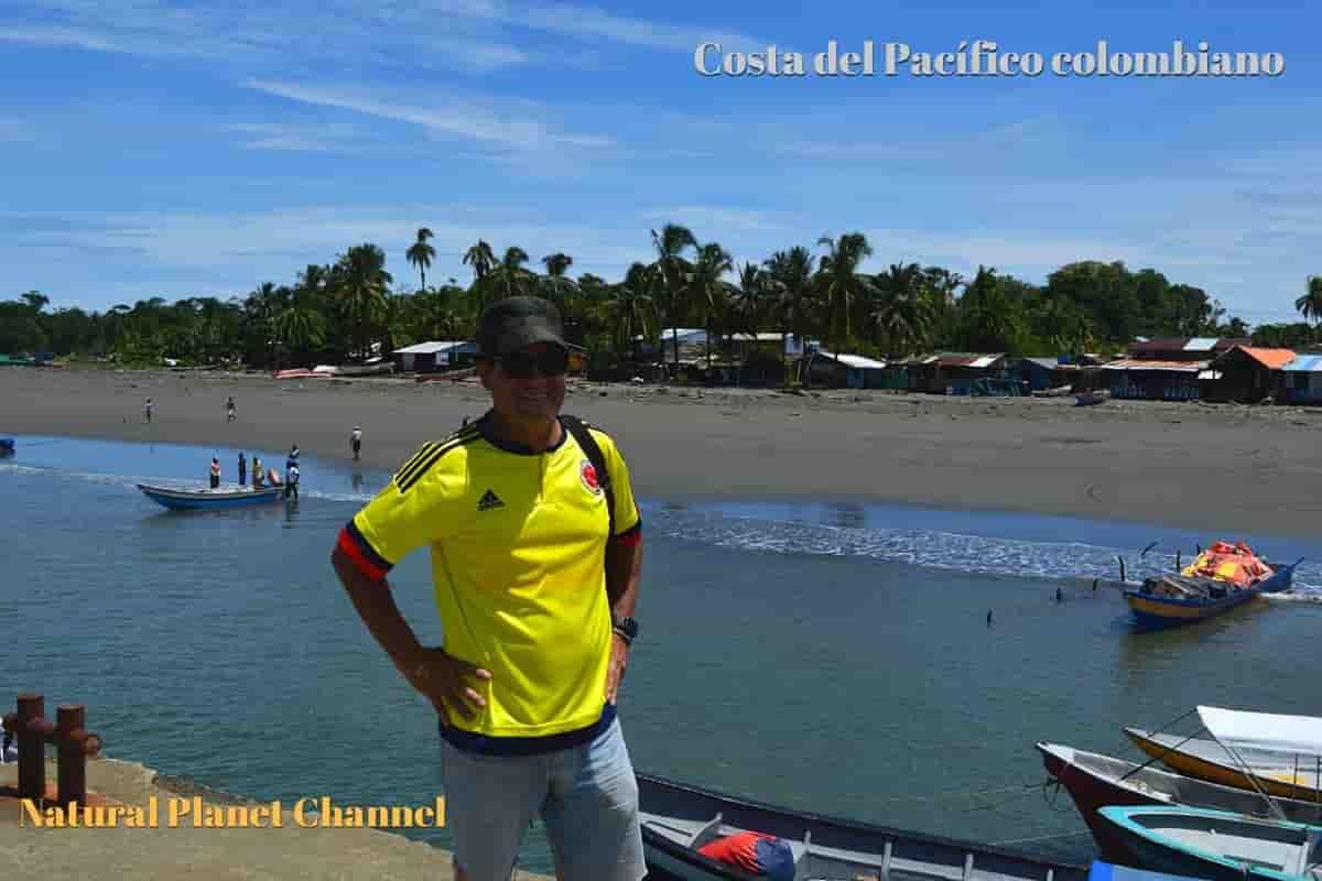 Avistamiento de ballenas en el Pacífico con Alonso Moreno Sáenz enviado especial 36